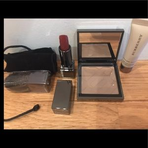 NIB Burberry Beauty Box 5 pc Set Limited edition